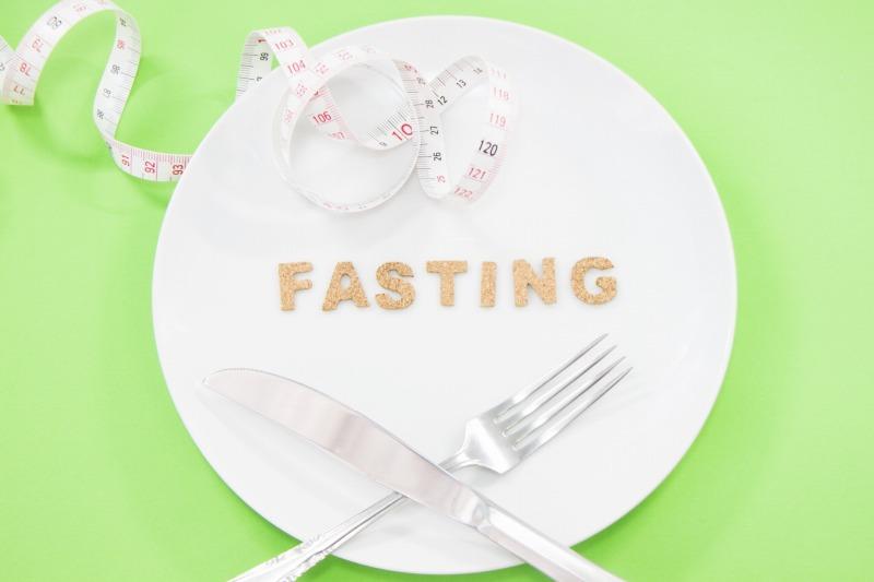 月曜断食ダイエットのやり方と効果を解説!リバウンドの危険を口コミ評判から検証した結果とは?