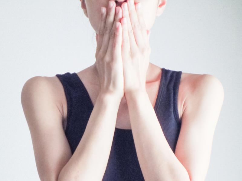 表情筋トレーニングのデメリットが怖い。。
