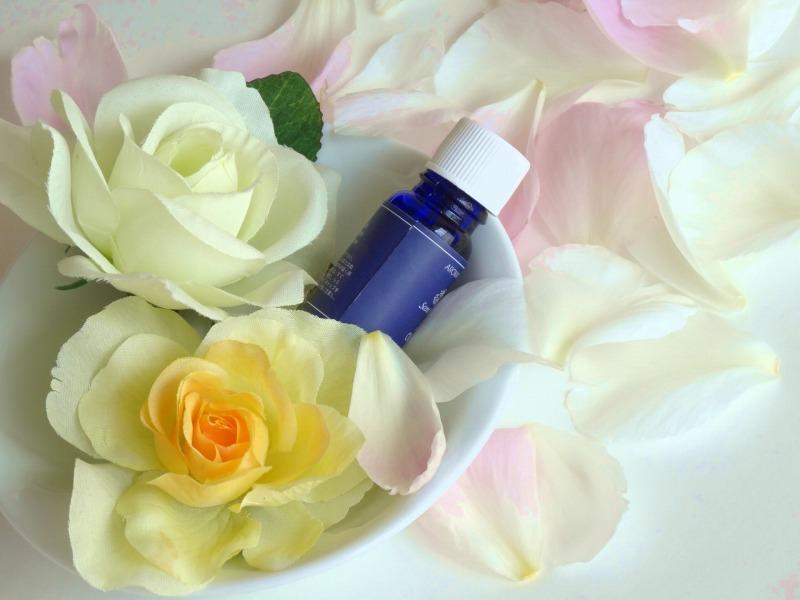 ハーブなど植物を使用した「手作り化粧水」