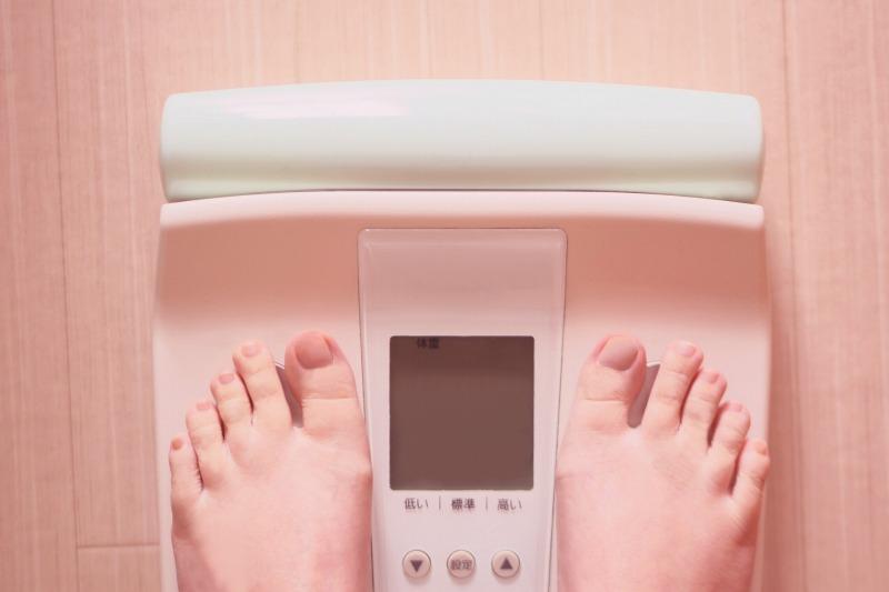 女性の中年太りの原因は基礎代謝の減少