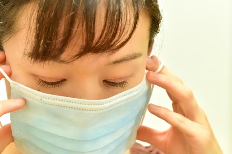 マスクが原因の肌荒れにはセラミドケア