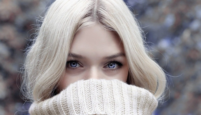 マイクロニードルパッチは痛い?ほうれい線や目の下のたるみを痛みなくケアする方法!