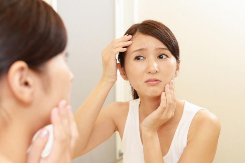 肌に摩擦を与えてしまうとバリア機能が低下して「肌荒れ」や「吹き出物」ができる原因になるので注意して下さい。