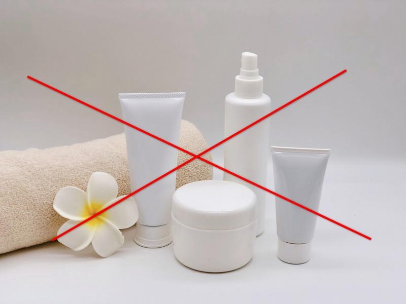 美顔器の浸透機能を使用する際に用いる化粧水や美容液は必ず無添加のものを使用することが大切です。