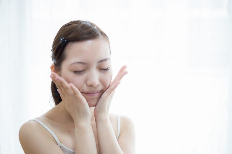 肌のトーンアップを目指せる美顔器の機能はこれ!